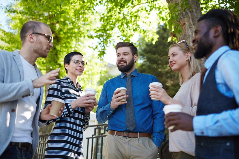 celebrar reuniones de trabajo en espacios naturales